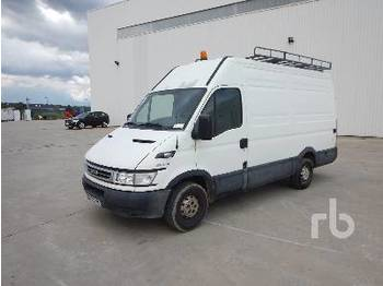IVECO DAILY 35S12 - furgon