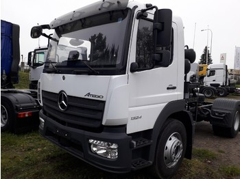 Útseprő autó Mercedes-Benz Atego 1324 LKO chassis for sweeper